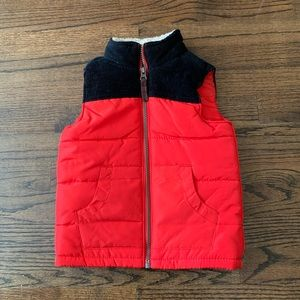 NWT  Carter's Puffer Vest Size 4t